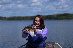 ahven nainen kalassa
